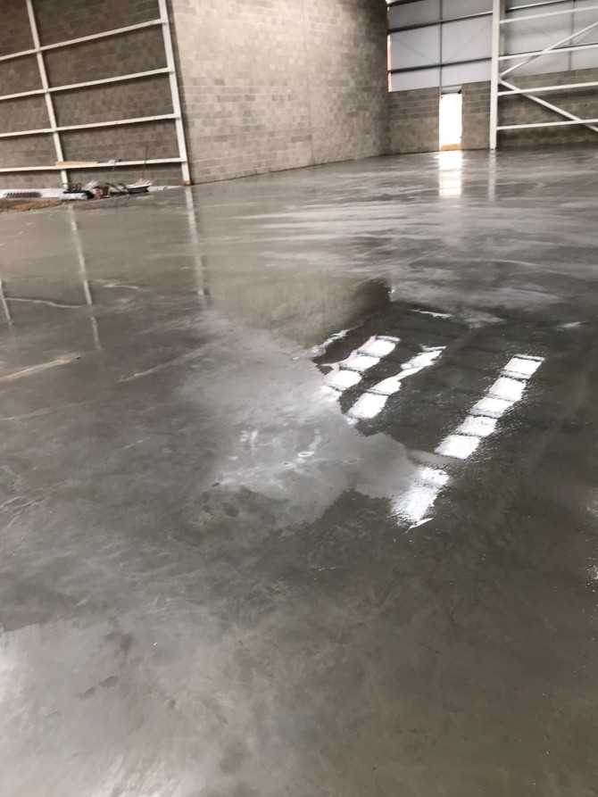 Internal Jointless Concrete Floor Slab